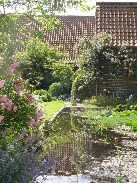 De natuurlijke combinatie aanleg en ontwerp tuinen for Waterpartij in de tuin